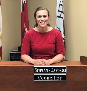 Councillor Stephanie Jaworski sitting at Council desk